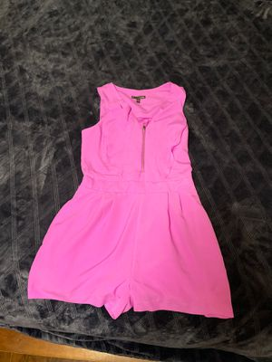 Express size small for Sale in Bakersfield, CA