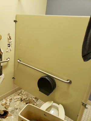 Bathroom stalls for Sale in Commack, NY