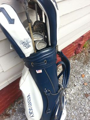 Golf bag and cluba. UK BAG,. University of Kentucky and assorted clubs for Sale in Atlanta, GA