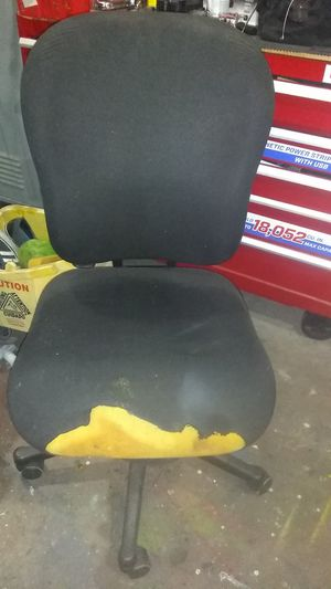 Free office Chair for Sale in Pomona, CA