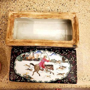 vintage box ceramic for Sale in Las Vegas, NV