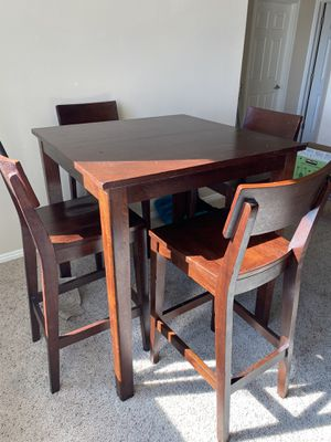 Dinning Room Table Set of 4 for Sale in Las Vegas, NV