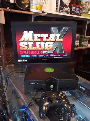 Xbox original con juegos instalados 100$ for Sale in Bakersfield, CA