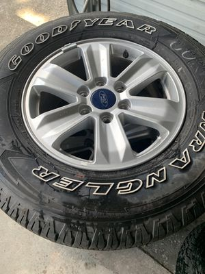 Ford 265/70/17 80% tread for Sale in Plant City, FL
