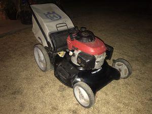 Craftsman Honda lawn mower for Sale in Gilbert, AZ
