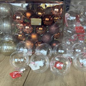 Christmas Ornaments New And Like New for Sale in Beverly Hills, CA