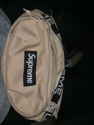 Supreme waist bag for Sale in Silver Spring, MD