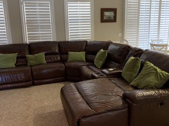 Leather Couch for Sale in Jurupa Valley,  CA