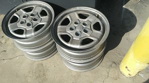 Jeep stock wheels 17 inch all 4 $50 for Sale in Sanger, CA