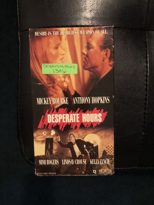Desperate Hours VHS 1990 for Sale in Los Angeles, CA