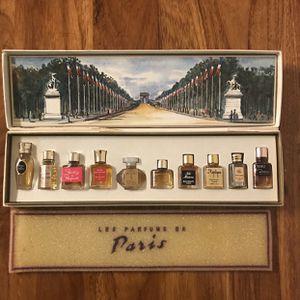 Les Perfumes De Paris, 10 Miniature Perfume bottles set, Made in France for Sale in San Antonio, TX