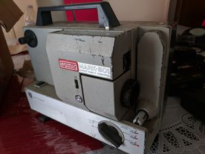 Super 8 projector for Sale in Kissimmee, FL