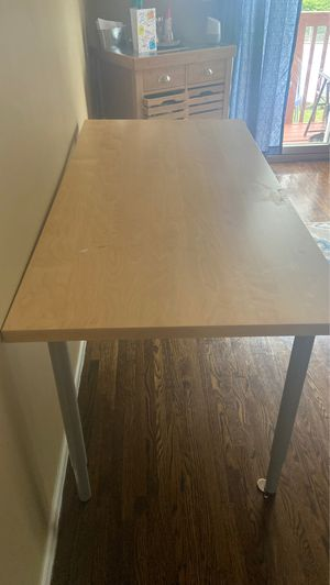 Table/office desk for Sale in Staten Island, NY