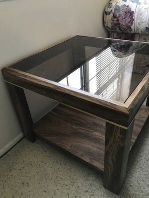 Square CoffeeTable w/ Glass top & Lower storage for Sale in Manassas, VA