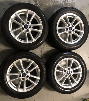 2015 Ford Focus rims and tires all together for Sale in Murfreesboro, TN