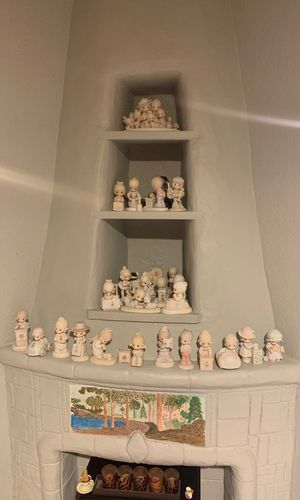 Collection of precious moments figurines 41 pieces send me offer for Sale in Los Angeles, CA