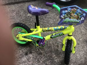 12 inch tots bicycle for Sale in Cinnaminson, NJ