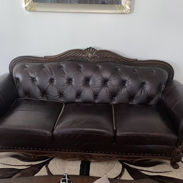 Leather Couches for Sale
