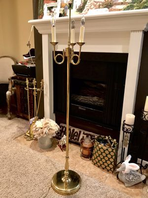 Vintage gold brass floor standing lamp for Sale in Los Angeles, CA