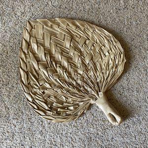 ‼️LARGE Vintage Wicker Fan‼️ for Sale in Edgar, WI