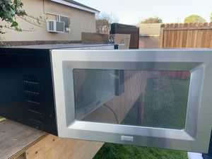 Microwave good condition for Sale in Los Angeles, CA