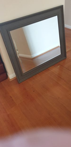 $15 Wall mirror. for Sale in Hollywood, FL