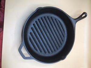 """Vintage 11"""" Lodge cast iron grill bottom pan for Sale in Haverhill, FL"""