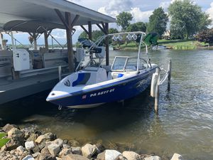 2004 Moomba Mobius Wakeboard Boat for Sale in Dillsburg, PA