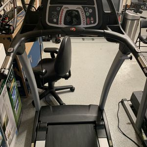 Ironman Fitness Heavy Duty Treadmill for Sale in Redmond, WA
