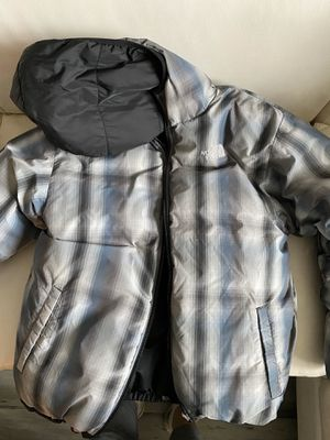 Reversible Boy Large North Face Jacket for Sale in Chantilly, VA
