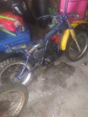 Yamaha dirt bike for Sale in Cleveland, OH