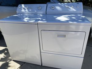 Kenmore Elite Heavy Duty King Size Capacity Washer and Gas Dryer for Sale in Fontana, CA