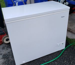 Haier 5.0 cu.ft. Capacity Chest Freezer for Sale in Gaithersburg, MD