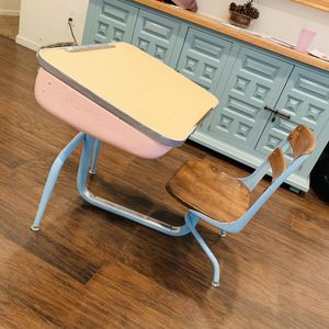 Vintage mink and turquoise school desk for Sale in Fountain Valley, CA