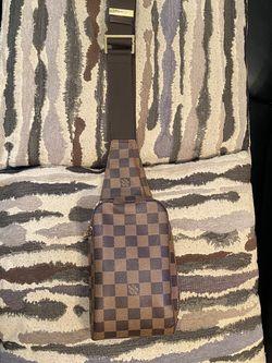 Louis Vuitton Geronimos Bum Bag for Sale in Lorain,  OH