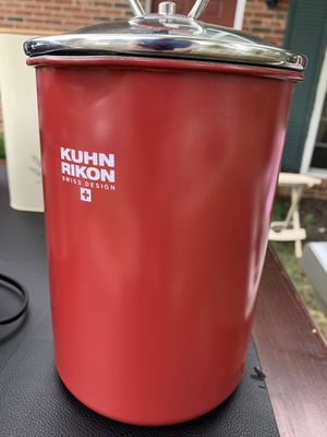 KUHN RIKON Steamer type pot for Sale in Lancaster, OH