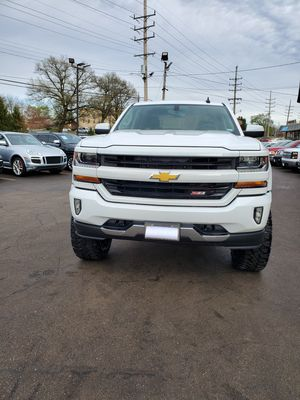2016 Chevy Silverado 1500 LT for Sale in BRECKNRDG HLS, MO