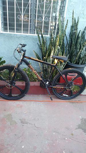 Bike for Sale in Pico Rivera, CA
