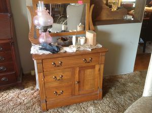 Small antique dresser early 1900's for Sale in Hayward, CA