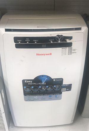 Honeywell air conditioner for Sale in Orlando, FL