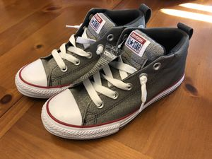 NEW Kids Converse Allstar sz 3 for Sale in Columbus, OH
