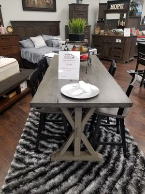 NEW KITCHEN TABLE for Sale in Visalia, CA