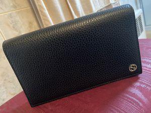 Gucci Clutch/crossbody bag for Sale in Brooklyn, NY