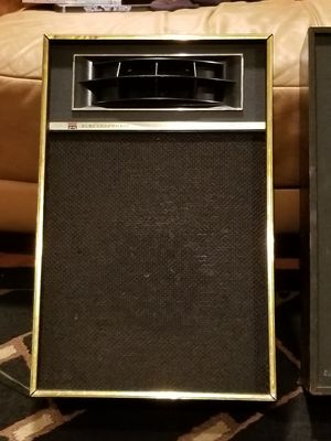 1970's - Vintage Air Suspension System - Speakers for Sale in Brooklyn, NY
