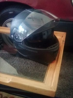 Harley-Davidson motorcycle helmet full face like new condition for Sale in Houston, TX