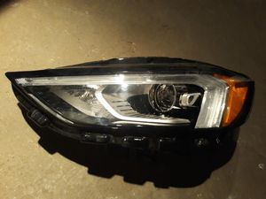 2019-2020 Ford Edge Left Headlight Full LED for Sale in Detroit, MI