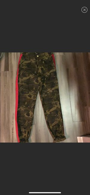 Camo jogger/jeans for Sale in Algonquin, IL