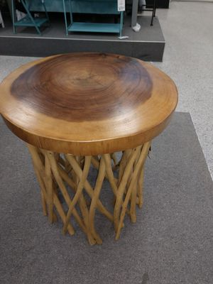 Cool coffee table or end table for Sale in Salt Lake City, UT