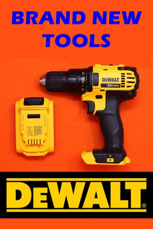 Brand New DeWALT 20v MAX 1/2 Drill Driver DCD780 with Battery for Sale in Bakersfield, CA