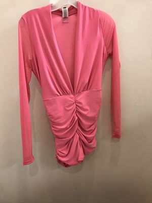 Hot Pink Summer short set WORE ONCE for Sale in Garfield Heights, OH